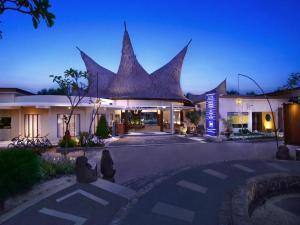 Aston Sunset Beach Resort Gili Trawangan