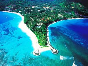 KilaSenggigi Beach Hotel