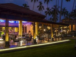 Royal Palm Beach Hotel