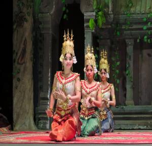 Tempel und Kultur: von Siem Reap bis zum Hafen von Phnom Penh