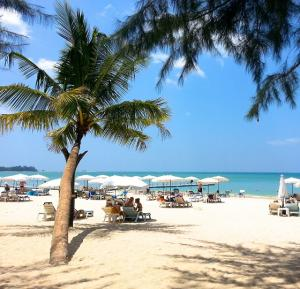 Thailands Glanzstücke mit Badeurlaub in Phuket, Khao Lak oder Hua Hin