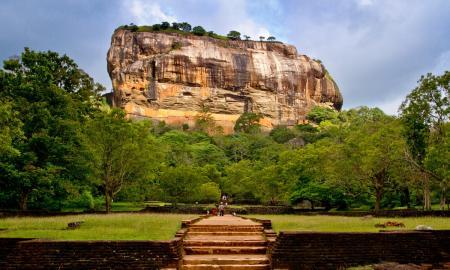 klassische-sri-lanka-rundreise-mit-strandurlaub-an-der-sudwestkuste-oder-auf-den-malediven_38070