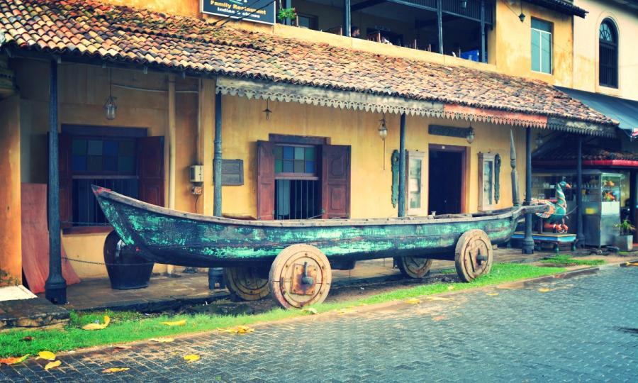Sommerreise Sri Lanka mit Zugfahrt mit Badeurlaub an der Ostküste oder Malediven_38049